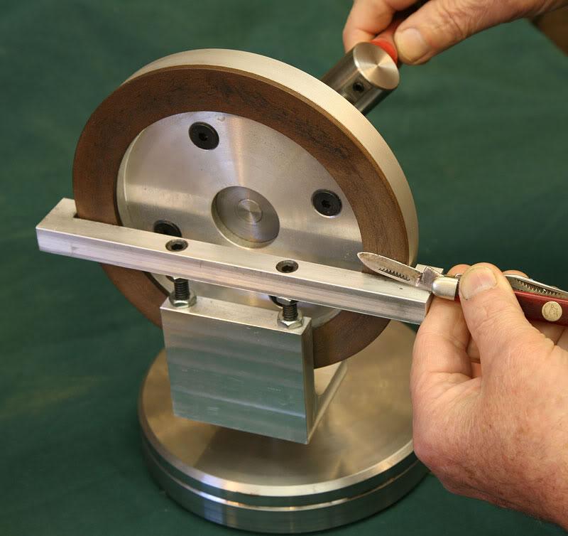 Diamond knife sharpener