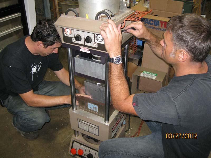 Small Injection Molding Machine